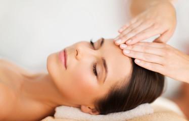 beautiful woman in spa salon having facial © Syda Productions