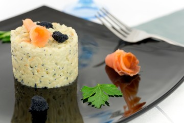 rice with salmon and caviar