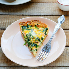 quiche with spinach and salmon