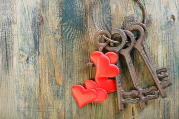 Red heart and a bunch of keys.