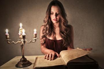 Elegant Reading
