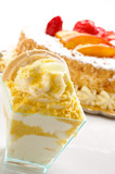 Semifreddo al limone, fuoco selettivo, close-up