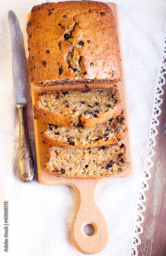 Banana and chocolate chips bread