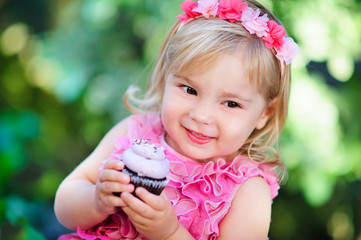 fashion little girl eat happy birthday pink cupcake