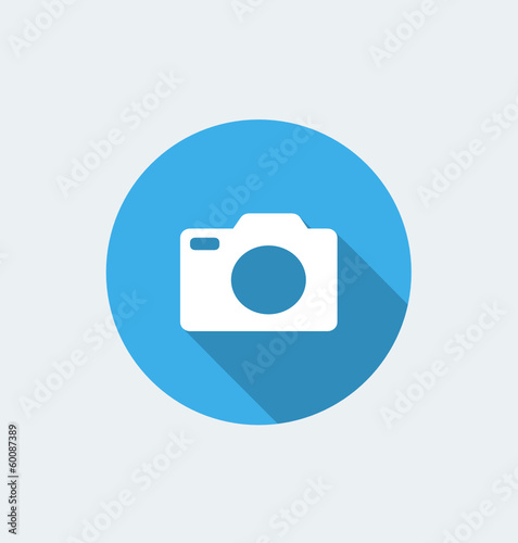 Camera - flat design with long shadow