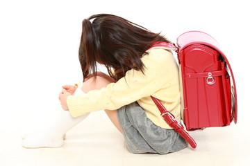 登校拒否の小学生