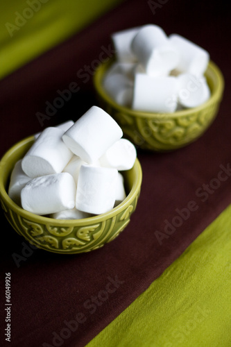 Two national oriental bowls with white marshmallows