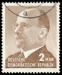 GERMAN DEMOCRATIC REPUBLIC - CIRCA 1965: A stamp printed in Germ