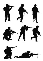 Army soldiers set