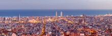 Barcelona skyline panorama au Blue Hour