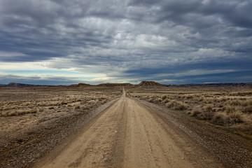 Pista en el desierto.Bardenas Realies.Navarra.