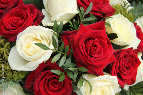 Plexiglas Rozen Red and white roses in a bridal bouquet