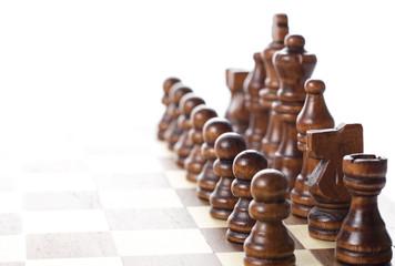 チェスボードに並んだ駒