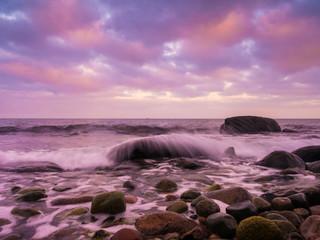 Morgendämmerung an der Küste Rügens