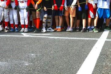 市民マラソン大会の子供部のスタート地点