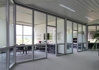 gläserne Büros