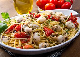 spaghetti seppioline e pomodorini