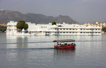 Lake Palace, Jagniwas island, Udaipur, India