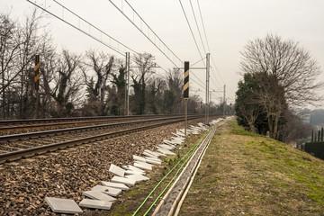 A lato della ferrovia