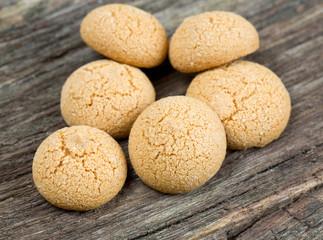 amaretti cookies on wooden surface