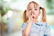 canvas print picture - Kind fordet zur Ruhe auf