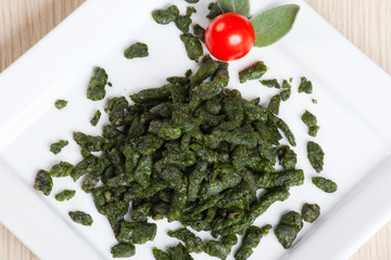 Spatzle, small dumplings with spinach