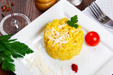 risotto with saffron -risotto alla milanese-