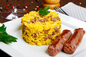 risotto with sausages and saffron