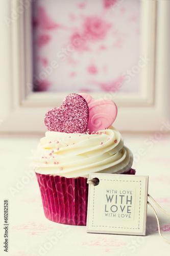 Valentine cupcake - 60282528