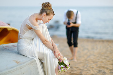 Bride posing for her groom
