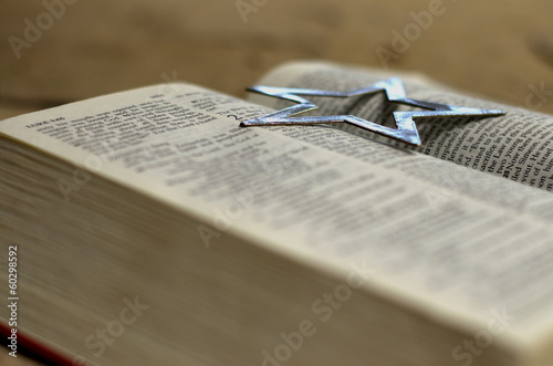 Open Bible with silver star-2