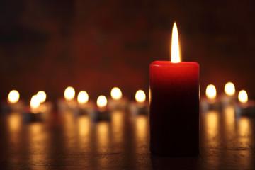 Kerzenschein mit Spiegelung