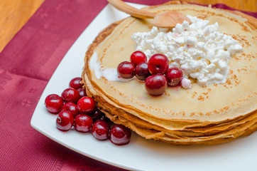 pancakes with cheese and cherries