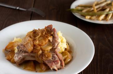 pork chop with apple