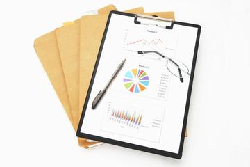 ビジネスイメージ―会議用資料と眼鏡