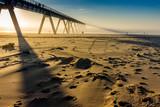 grande jetée sur la plage