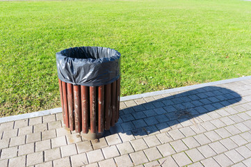 garbage can in park