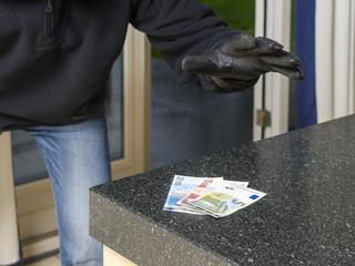 Burglar in action