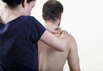 physiotherapist knead
