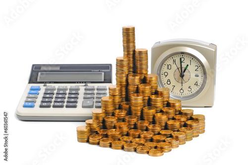 Монеты часы и калькулятор.  Время - деньги