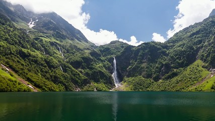 Lac d'Oo Waterfall, Timelapse, France