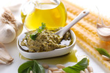 pesto genovese con ingredienti