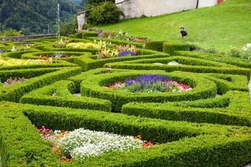 Giardino e Siepi al castello di Gruyere