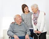 Fototapety Familie mit Senioren zu Hause