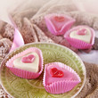 rosa herz petit fours