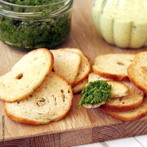 bärlauch pesto und mayonnaise