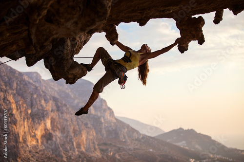 Canvas Extreme Sporten Rock climber at sunset, Kalymnos Island, Greece