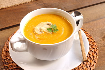 Pumpkin soup with mushrooms