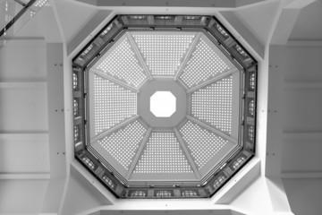 Dome in black & white