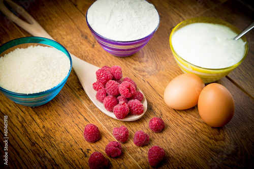 Raspberry muffin preparation